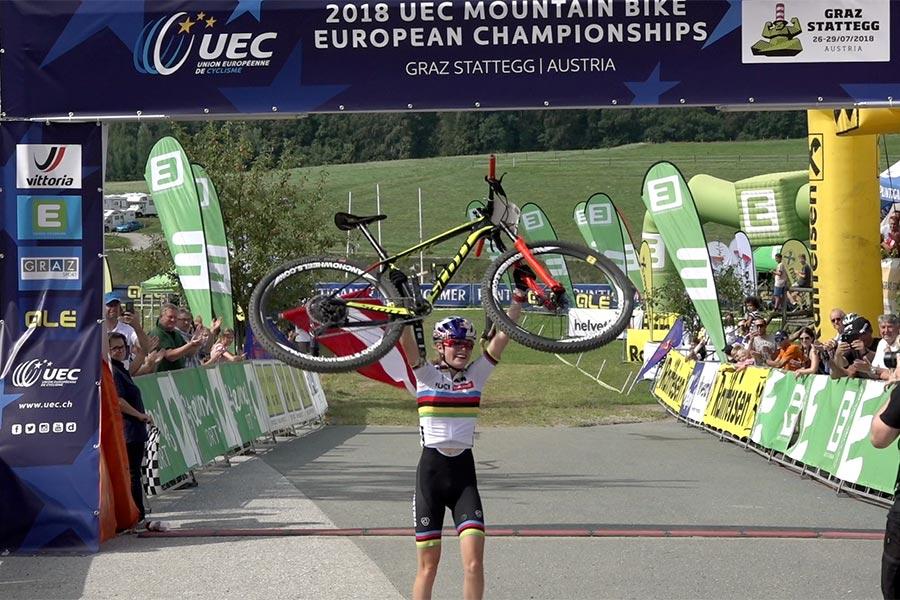 Laura Stigger, Junioren Weltmeisterin sowie 3-fache Jugend Europameisterin, kürt sich in Stattegg zum 2. Mal zur Junioren-Europameisterin