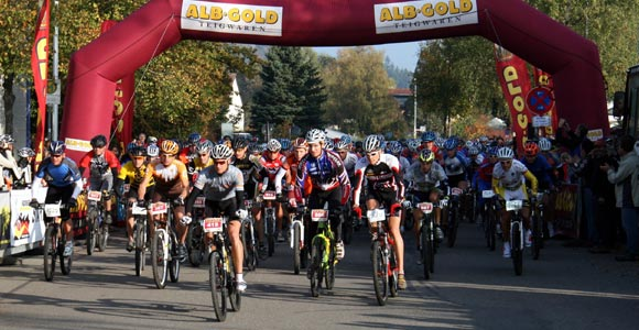 Doppelsieg f�r die Sp�tzle-Biker
