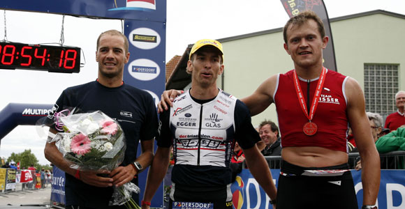 Favoritensieg beim Austria Triathlon in Podersdorf