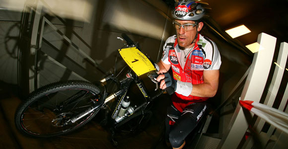Valentin Zeller triumphiert beim 24h Rennen