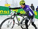 Kristian Hynek und Sally Bigham siegen bei der Alpentour Trophy