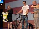 Strassers RAAM-Rad bringt 36.000 Euro f�r den guten Zweck