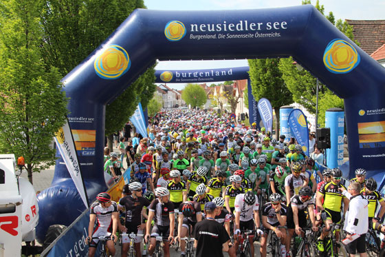 1. Mai - Start der Austria Top Tour 2016 in Mörbisch